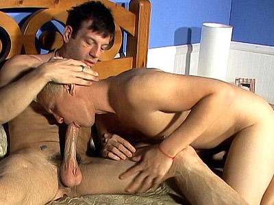Lynn LeMay video: LeMay - Cock Pumped Bisexuals